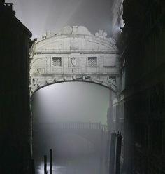 Bridge of Sighs, Venice, Italy photo via chelsea