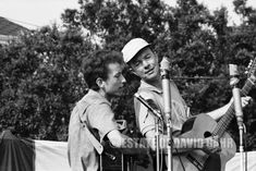Bob Dylan and Pete Seeger at the Newport Folk Festival in July 1963 by David Gahr