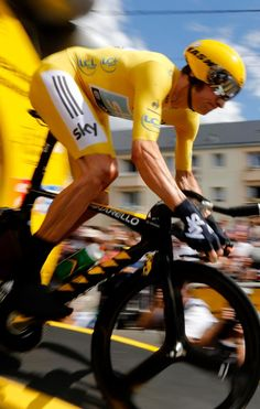 Stage 19:  Bradley Wiggins on his way to make history!!