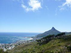 Von fast einem Jahrzehnt Leben und Arbeiten in Kapstadt habe ich dir die besten Tipps und meine Erfahrung mitgebracht, damit auch deine Auswanderung nach Südafrika prima klappt. Mountains, Nature, Travel, Cape Town, New Life, Travel Tips, Voyage, Viajes, Traveling