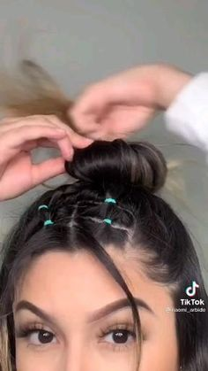 Hair Tutorials For Medium Hair, Curly Hair Tips, Easy Hairstyles For Long Hair, Braids For Long Hair, Medium Hair Styles, Braided Hairstyles, Curly Hair Styles, Instagram Hairstyles, Lazy Hairstyles