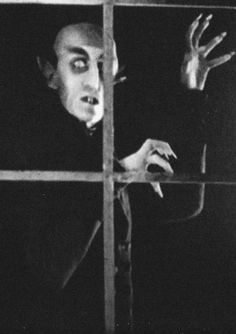 Max Schreck in Nosferatu Horror Monsters, Scary Monsters, Famous Monsters, Gothic Horror, Arte Horror, Horror Art, Max Schreck, Frankenstein, Vampires