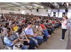 Educação homenageia professores municipais em Paraíso  http://www.passosmgonline.com/index.php/2014-01-22-23-07-47/regiao/6604-educacao-homenageia-professores-municipais-em-paraiso