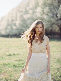 Effortless Spring Bridal Session