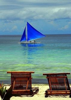 Las Islas Boracay en las Filipinas nos ofrece la mejor vista de luna de miel: mar calmo y cálido y un paraíso tropical!