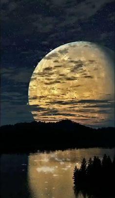Beautiful Photos Of Nature, Beautiful Nature Wallpaper, Beautiful Moon, Amazing Nature, Good Night Friends, Good Night Gif, Love Wallpapers Romantic, Good Night Greetings, Moon Photography