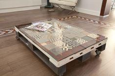 Muebles de palets decorados con azulejos hidráulicos