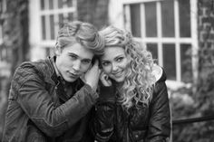 The Carrie Diaries - I am the only person watching, but I don't care! <3