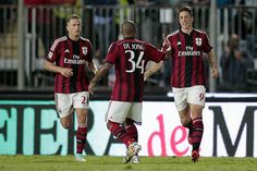 Fernando Torres #9 of AC Milan celebrates after scoring a goal during the Serie A match between Empoli FC  and AC Milan at Stadio Carlo Castellani on September 23, 2014 in Empoli, Italy.