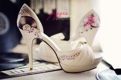 Zapatos de Novia pintados a mano. Fotos y diseños de Figgie Shoes. | HISPABODAS