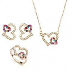 Set trei piese bijuterii placate cu aur 18k, perle si cristale multicolore: inel, cercei, lantisor - fin si elegant.
