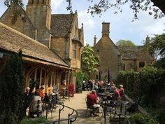 Palaces and gardens: see the Cotswolds with ShowMeBritain - VisitBritain BlogVisitBritain Blog