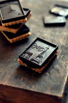 (Dark Chocolate Aesthetic)