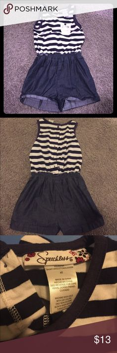 Little girls 4T Navy striped romper Adorable romper for your little one. Button closures along the backside. Great condition. Speechless Bottoms Jumpsuits & Rompers