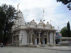 Ganeshpuri #temple is known for Nityananda Maharaj and Swami Muktananda deities and followers are the most among other who visit this temple. 28 Kilometres from #Virar this holy place is known and famous for one more attraction it has which is a Natural hot water springs. #holyplaces