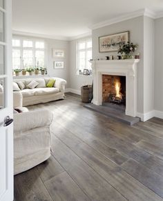 PERFECT colours and flooring!
