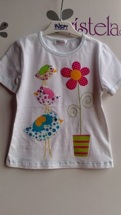 46 Ideas Embroidery Clothes T Shirts Baby Girls Sewing Appliques, Applique Patterns, Applique Quilts, Applique Designs, Baby Patterns, Embroidery Applique, Embroidery Designs, Bird Applique, Sewing For Kids