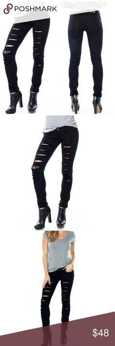 """✨ Black Distressed Frayed Ankle Skinny Jeans Black wash skinny jeans featuring a 7"""" rise, 5 pockets, 31"""" inseam, raw cut hem and front distressing. These fit true to size. They are labeled with both Jr & standard sizing.  0 (25) 1 (26) 3 (27) 5 (28) 7 (29) 9 (30) 11 (31) 13 (32)  ✨ 97% cotton, 3% spandex.  ✨ Price Firm - bundle for discount   Happy to answer any questions ☺☺ Luxe Label Jeans Skinny"""