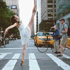 Los movimientos elegantes y precisos de Omar Z Robles