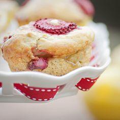 Lemon-filled Strawberry Muffins