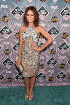 0874ad8d7674 Every Single Must-See Outfit from the Teen Choice Awards