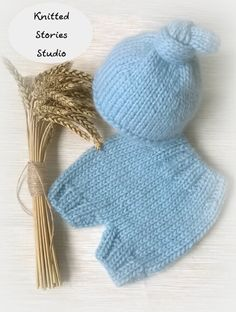 Set for a photo shoot of the newborn, photo props, hats, pants, thick yarn, soft…