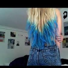 Afbeeldingsresultaat voor strawberry blonde hair blue dip dye ombre