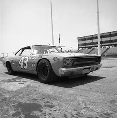 70 petty roadrunner | Richard Petty Riverside June 1971 . .1970 Road Runner. # ...