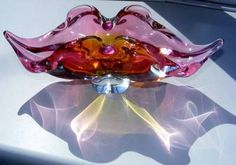 Vintage rose /Cranberry Glass Lips Shaped Bowl Beautiful Piece