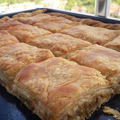 Görüntünün olası içeriği: yiyecek Mincemeat Pie, Tasty, Yummy Food, Brunch Menu, Bakery Cakes, Bread Baking, Vegetable Recipes, Hot Dog Buns, Food And Drink