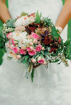 Rustic Bouquet with Roses and Greenery | Wedding Flowers