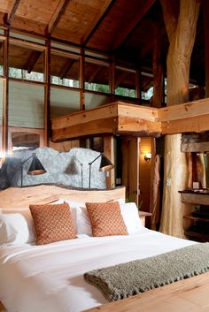 interior of cabin in Connecticut. beautiful!