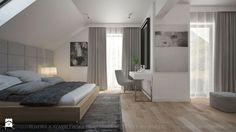 DOM Z DREWNEM I BETONEM - Duża sypialnia małżeńska na poddaszu z balkonem / tarasem, styl nowoczesny - zdjęcie od TK Architekci