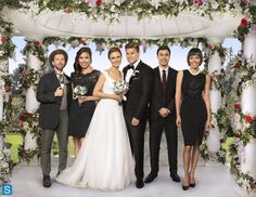 married :-* love this series...it´s the best and funny series .... Bones Sealy and Temprence aka Joy with Jack,Angela,Swets and Cameron