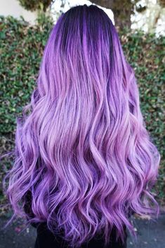 Chic Ombre Lavender Hairstyles With Highlights Trend in 2019 Lavender Hair With Gentle Highlights; Adorable Silver Lavender Hair Trend in 2019 Pastel Purple Hair, Light Purple Hair, Dyed Hair Pastel, Hair Color Purple, Light Hair, Hair Colors, Colorful Hair, Violet Hair, Purple Nails