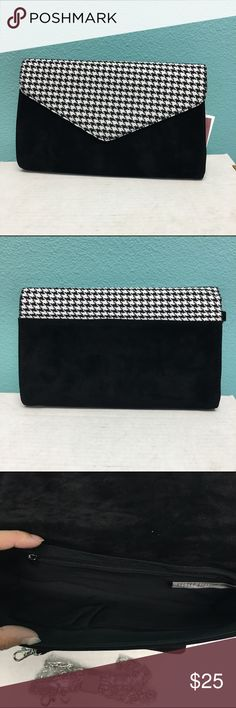 """Black white houndstooth envelope clutch bag Brand new. Comes with wristlet and crossbody shoulder chain. Size: 12"""" x 7""""x 1"""" Bags"""