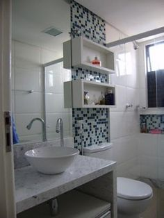 Most Popular Small Bathroom Remodel Ideas on a Budget in 2018 This beautiful look was created with cool colors, and a change of layout. Bathroom Wall Storage, Bathroom Interior, Small Toilet, Bathroom Toilets, Bathroom Faucets, Bathroom Lighting, Home Kitchens, Small Spaces, House Ideas