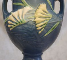 Mint Roseville Pottery Freesia Vase Delft Blue, Ca. 1945 from thedevilduckcollection on Ruby Lane Roseville Pottery, Arts And Crafts Movement, Bungalows, Glass Collection, Delft, Ruby Lane, Pottery Art, Tribal Tattoos, Art Nouveau
