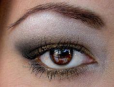 New Orleans Saints makeup look using BFTE with video. Smoky Eyeshadow, Metallic Eyeshadow, Eyeshadow Looks, Makeup Ideas, Makeup Tips, Eye Makeup, Make Up Your Mind, Eye Shadows, New Orleans Saints