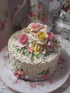(Summer)  SHABBY COTTAGE ROSE DECORATED FAKE CAKE