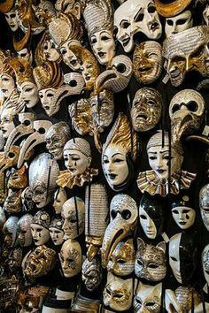 """talesfromweirdland: """"Creepy carnival masks… (Which means I find them beautiful, in an intriguing, dreamlike way. Venetian Carnival Masks, Carnival Of Venice, Venetian Masquerade, Masquerade Party, Masquerade Decorations, Venetian Costumes, Creepy Carnival, Carnival Costumes, Mascaras Halloween"""
