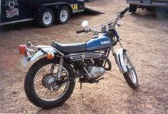 i have a 1971 yamaha it dosnt have any top end power it gets to throttle and then it bogs it also dosnt idle unles the primer is pulled out it Old Bikes, Dirt Bikes, Vintage Bikes, Vintage Motorcycles, Yamaha Motorcycles, Cars And Motorcycles, Enduro Motorcycle, Japanese Motorcycle, Custom Bikes