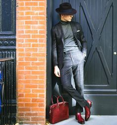 Source: Zing Chen (thefirensechina) source More menswear & suits! Mens Dress Pants, Men Dress, Stylish Men, Men Casual, Casual Wear, Casual Outfits, Steve Mcqueen Style, Mens Fashion Blog, Men's Fashion