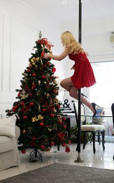 Pole Dance Christmas