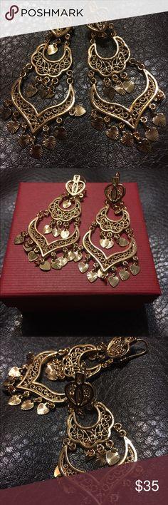 Ladies Water  Drop Chandelier Fashion Earrings 18K Gold Plated Overlay Water  Drop Chandelier Earrings For Women Queen Esthet Etc Jewelry Earrings