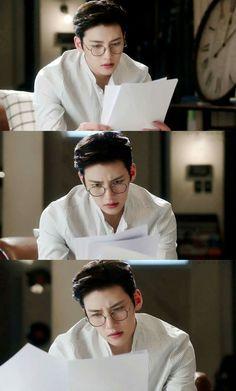 A new Korean drama I just started ❤️ Ji Chang Wook Abs, Ji Chan Wook, Korean Star, Korean Men, Drama Korea, Korean Drama, Asian Actors, Korean Actors, Suspicious Partner Kdrama
