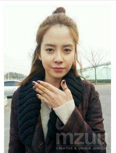 Song ji hyo running man Korean Actresses, Actors & Actresses, Running Man Members, Ji Hyo Running Man, Name Songs, Korean Variety Shows, Kwang Soo, Kpop, Seong