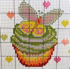 Free Cross stitch pattern, strawberry, cupcake