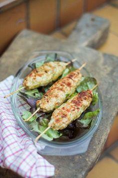 Brochettes de poulet façon keftas { & 1 barbecue gagné ! }