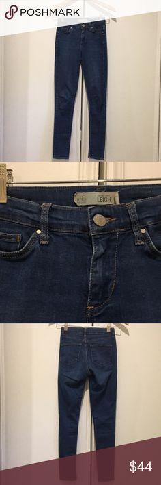Topshop Moto Leigh Skinny Jeans 24W x 30L Topshop Moto Leigh Skinny Jeans 24W x 30L. new without tags. Never worn. Topshop Jeans Skinny
